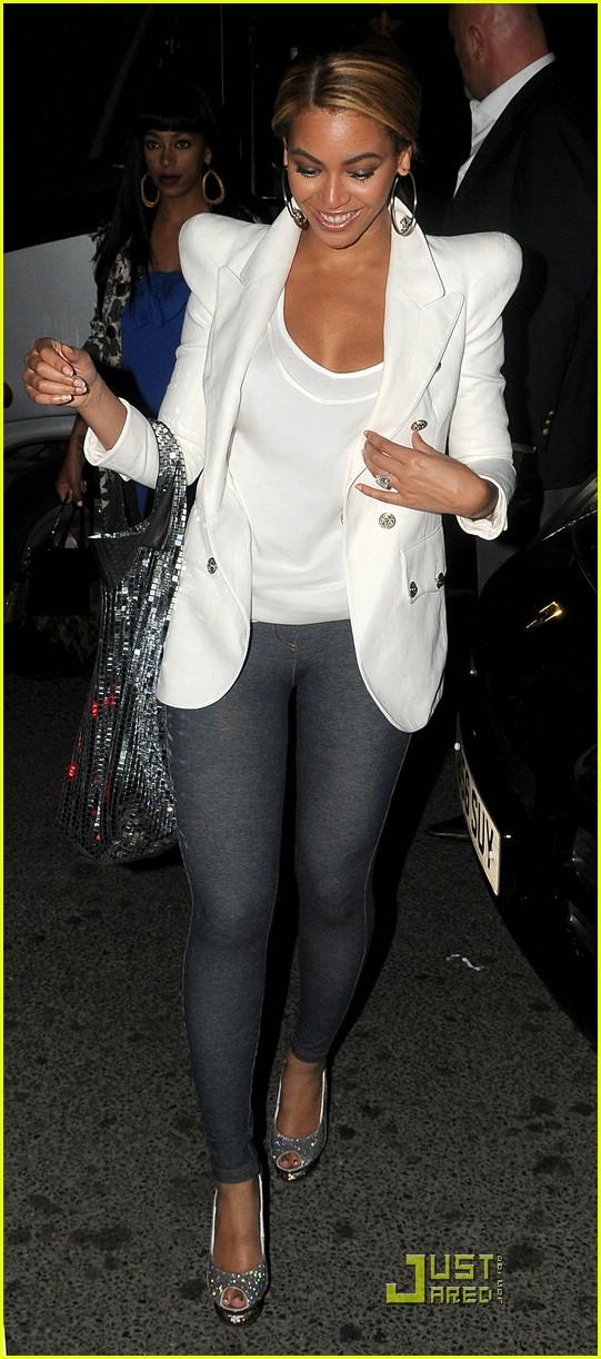 beyonce knowles knows her nightclubs 03 Beyonce Knowles