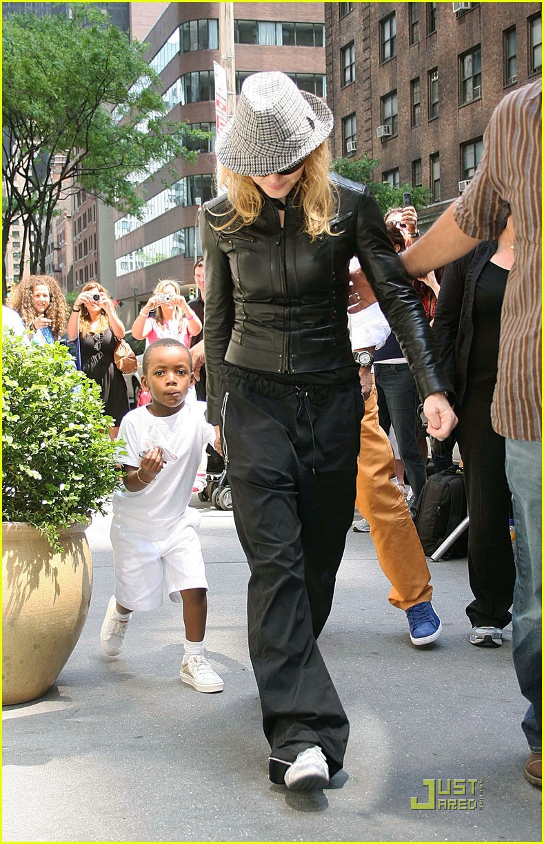 madonna kabbalah kiddies 06