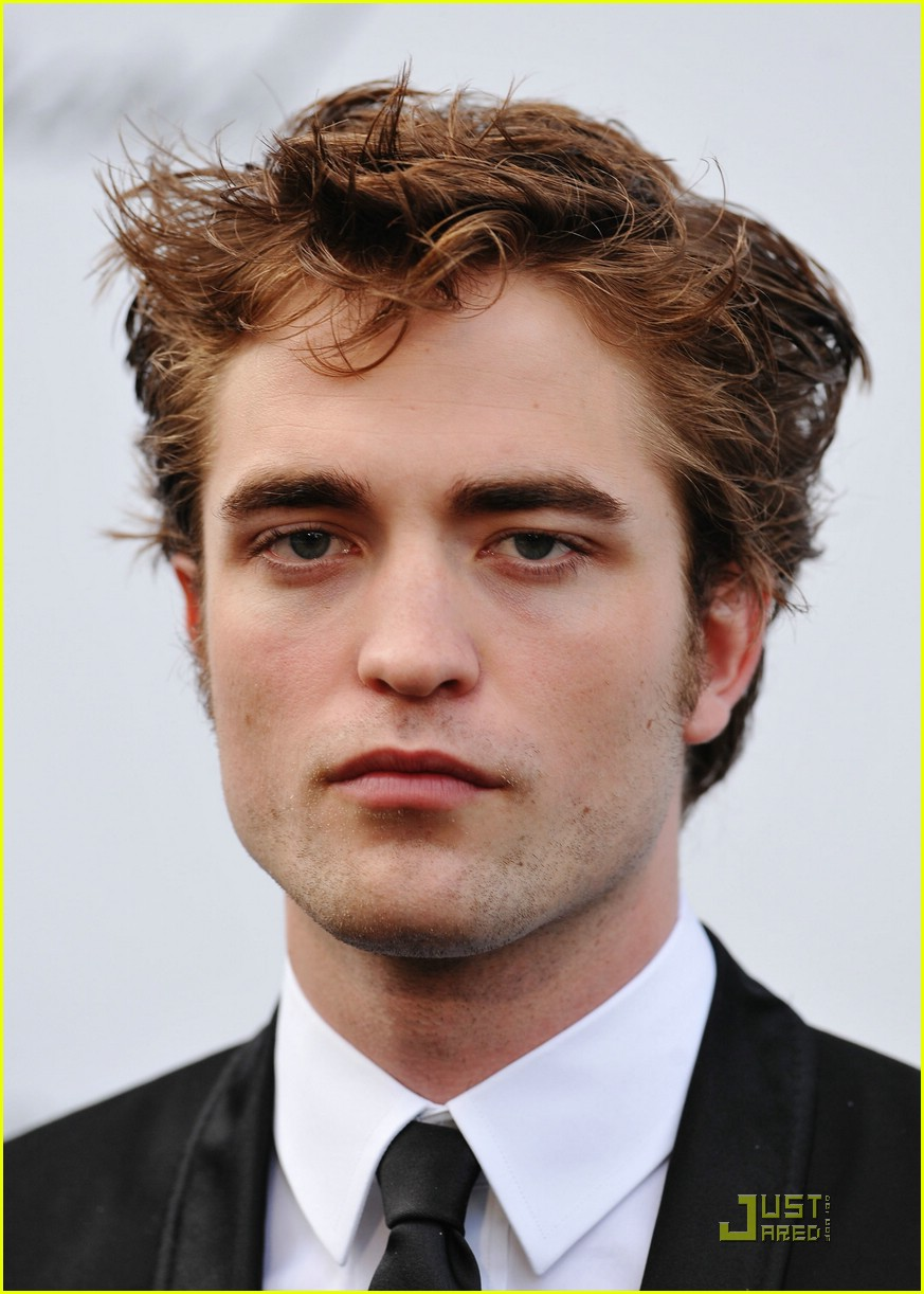 robert pattinson amfar 01