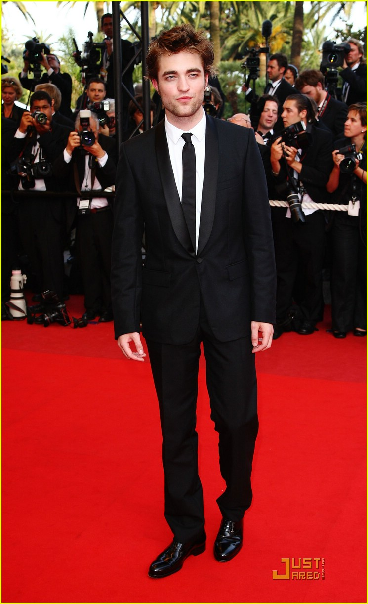 robert pattinson inglorious basterds premiere 02