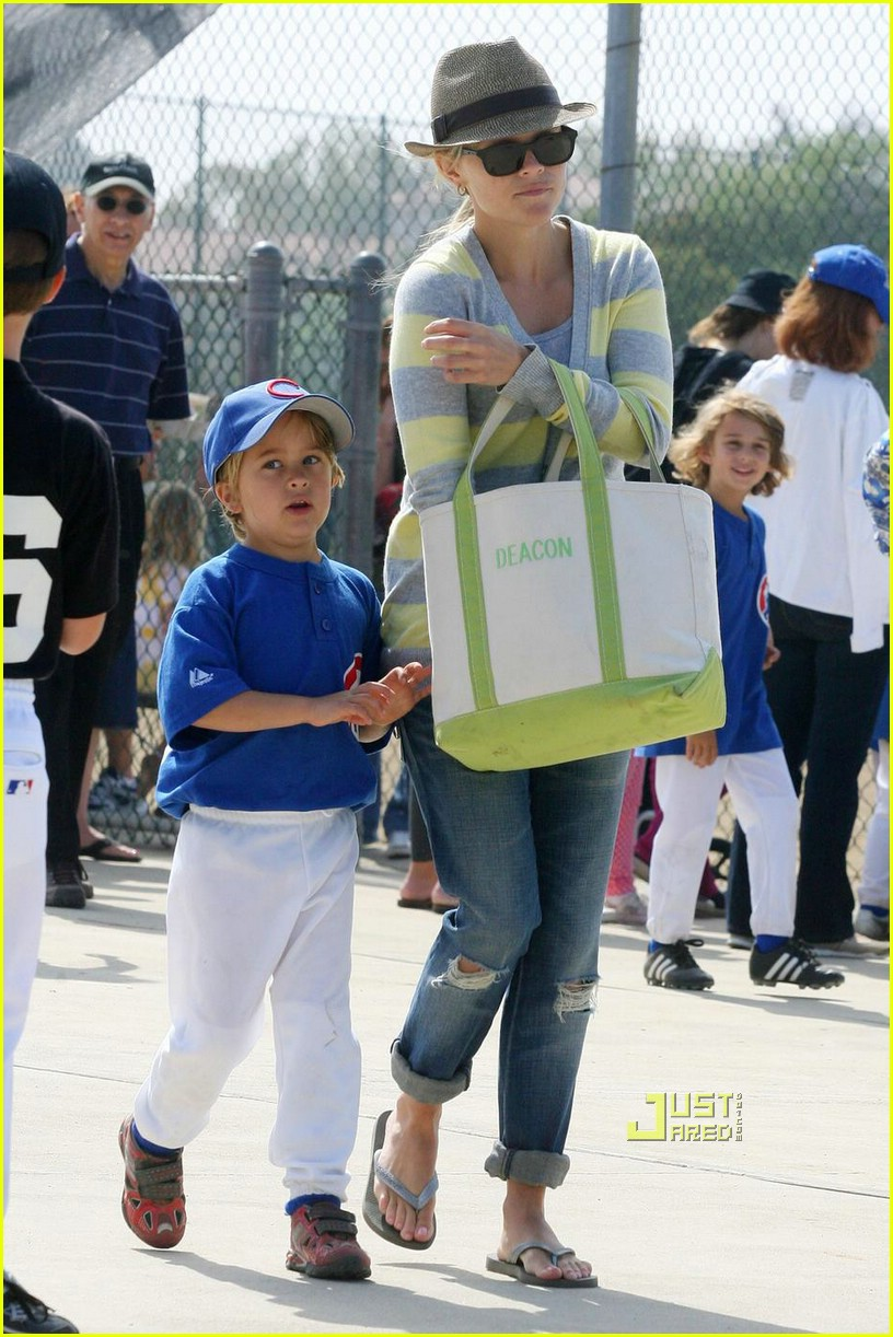 reese witherspoon little league 04