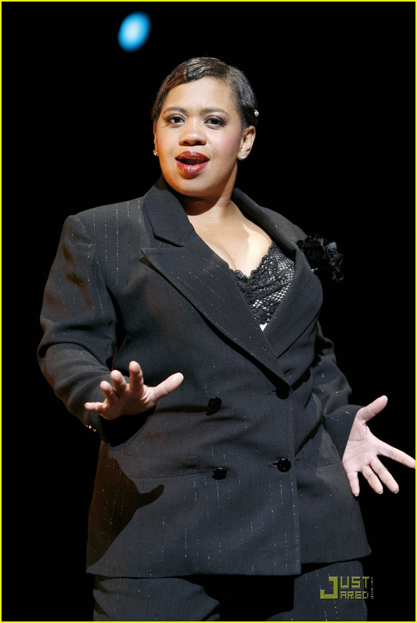 chandra wilson chicago mama 03