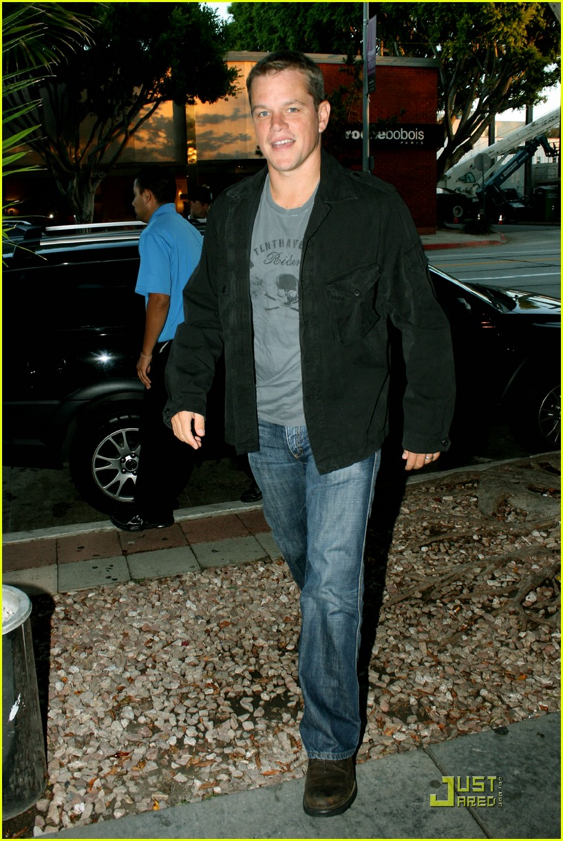 matt damon dinner date 01