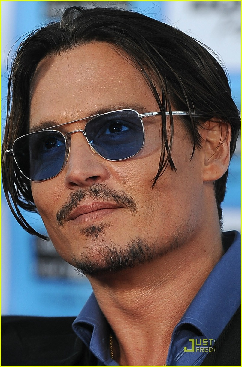 Full Sized Photo of johnny depp premieres premieres ... Johnny Depp