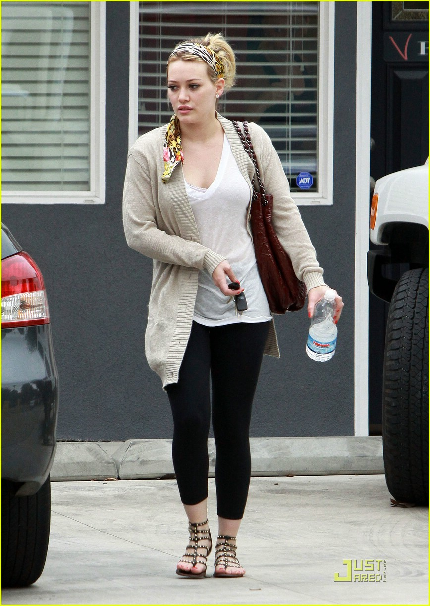 hilary duff pilates 09