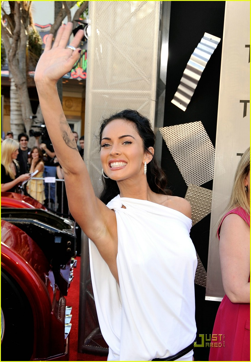 megan fox toga terrific 012005261