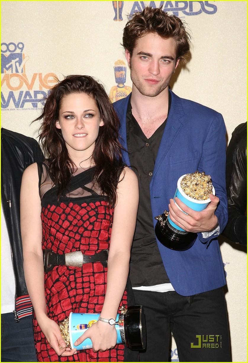 robert pattinson mtv movie awards 2009 12