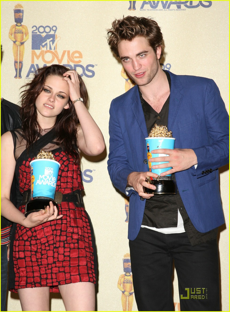 robert pattinson mtv movie awards 2009 14