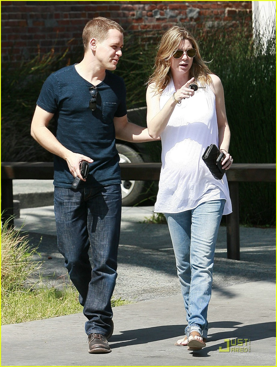 ellen pompeo tr knight furniture shopping 072014431