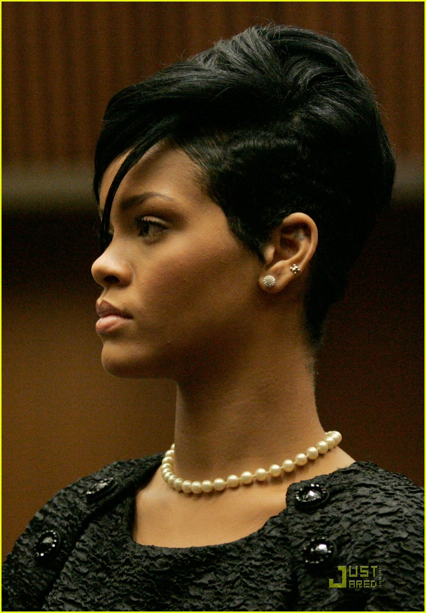rihanna chris brown court 012004221