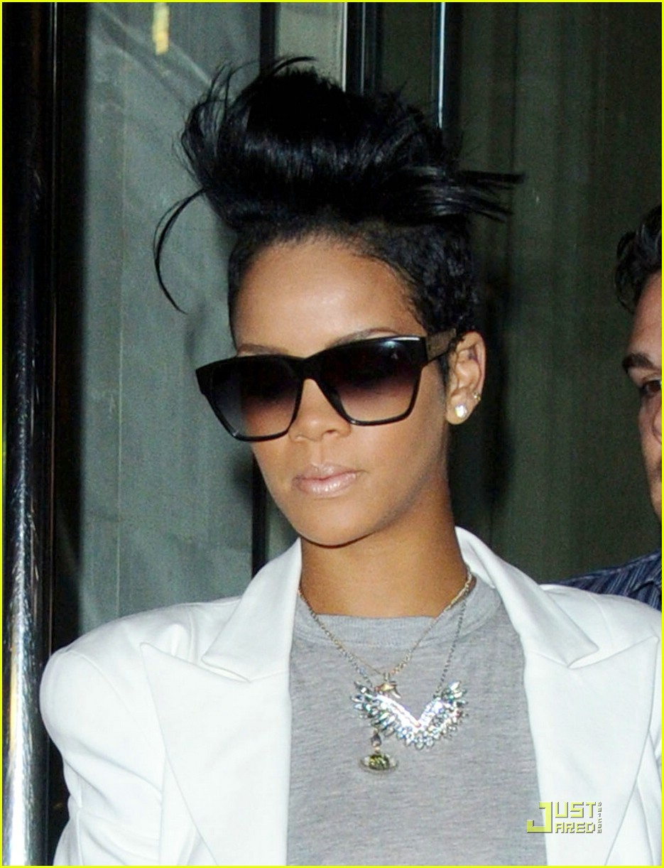 rihanna the hangover 03