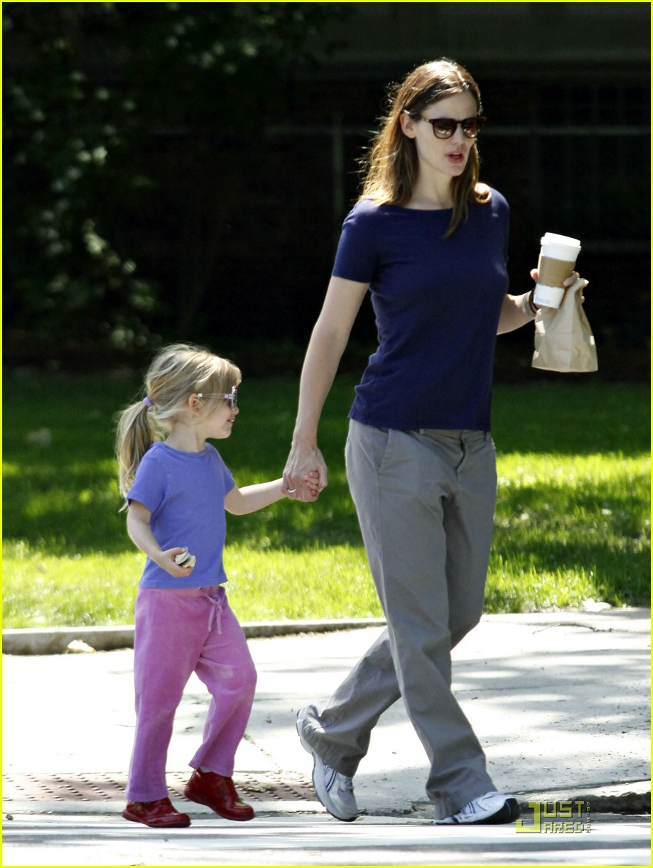 violet affleck sunglasses 11