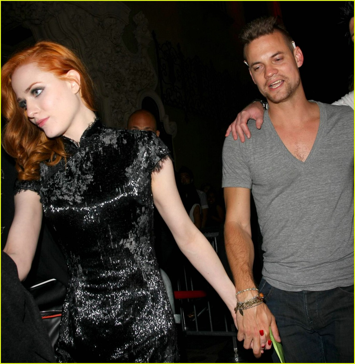 evan rachel wood shane west hold hands 011973271