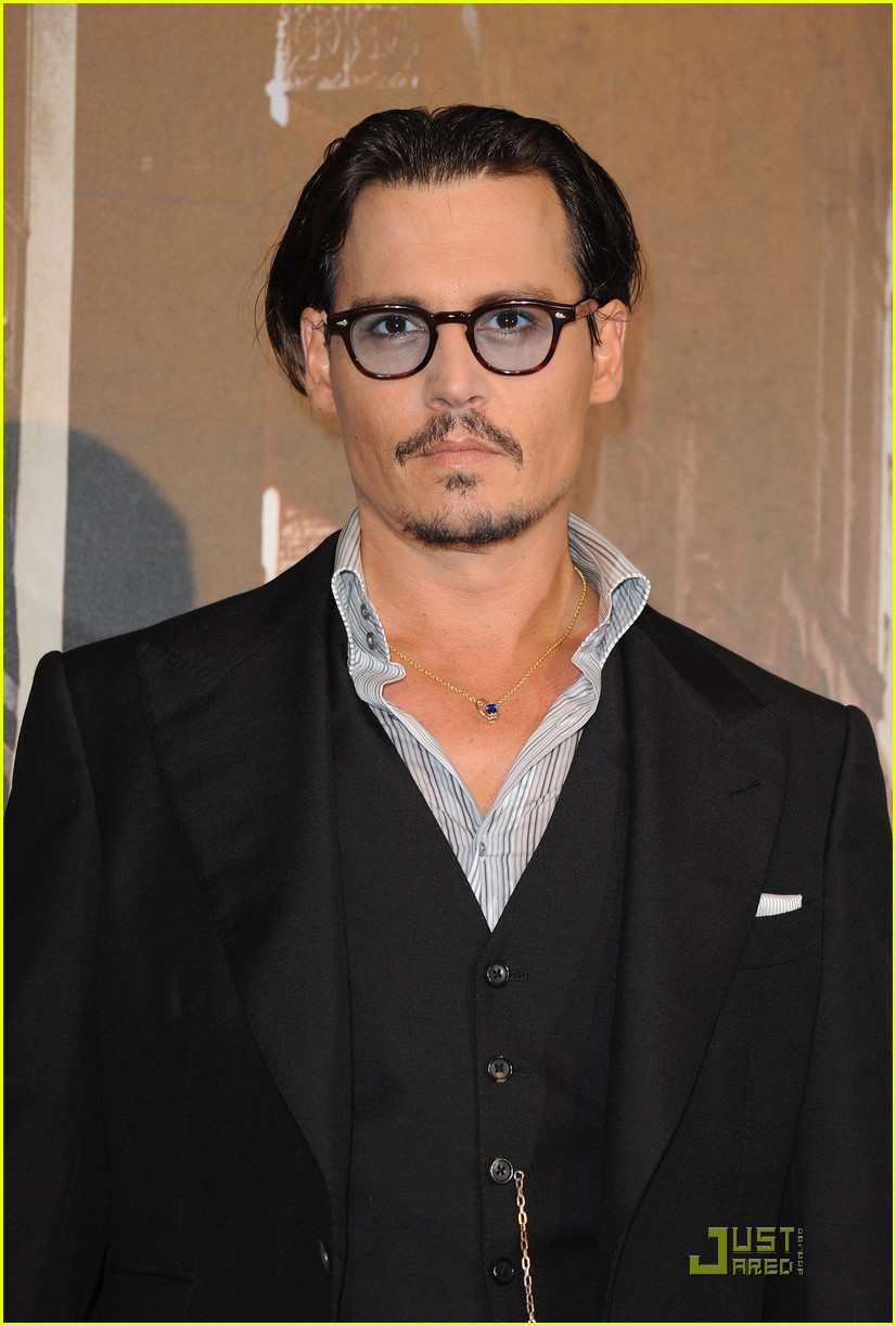 johnny depp paris public 02