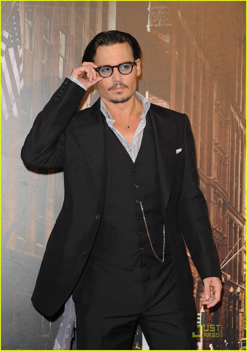 johnny depp paris public 04