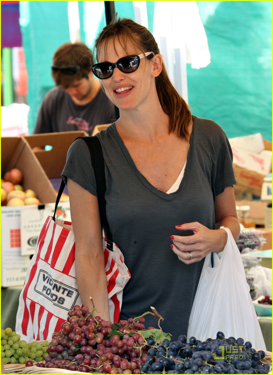 jennifer garner grapes 29