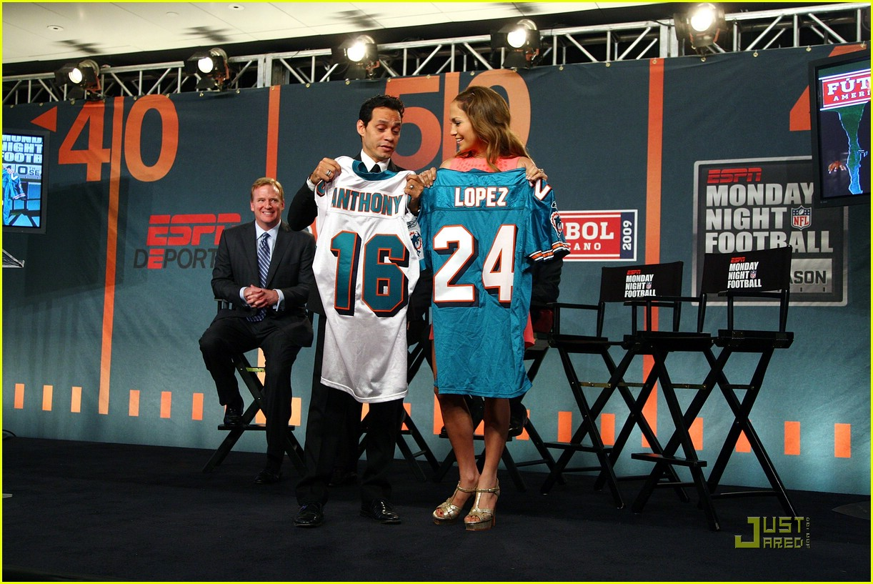 jennifer lopez dolphins marc anthony 17