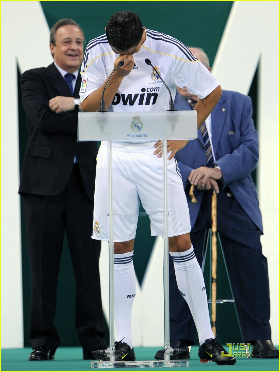 cristiano ronaldo is a real madrid player 252036461