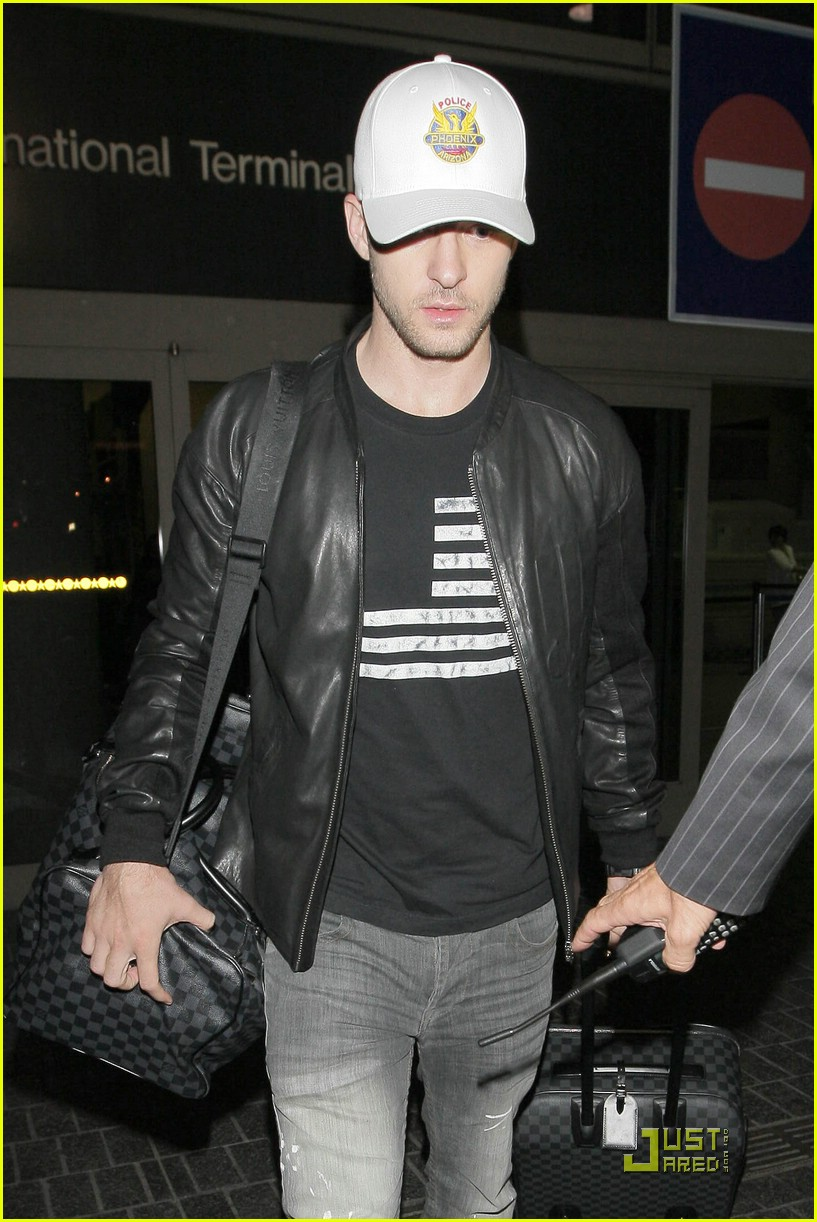 justin timberlake loves louis vuitton luggage 03