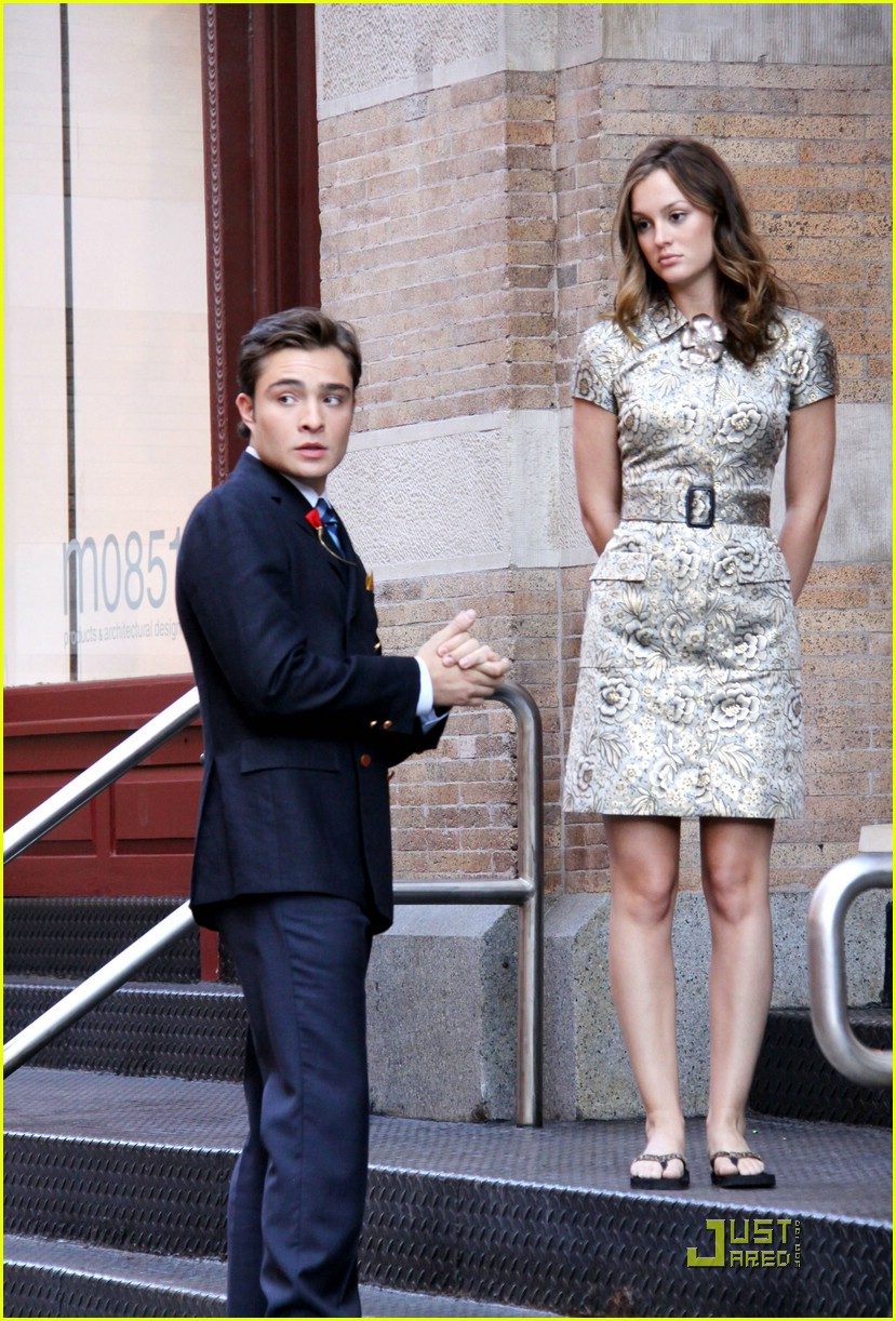 Full Sized Photo of ed westwick leighton meester romantic ... Ed Westwick Dating