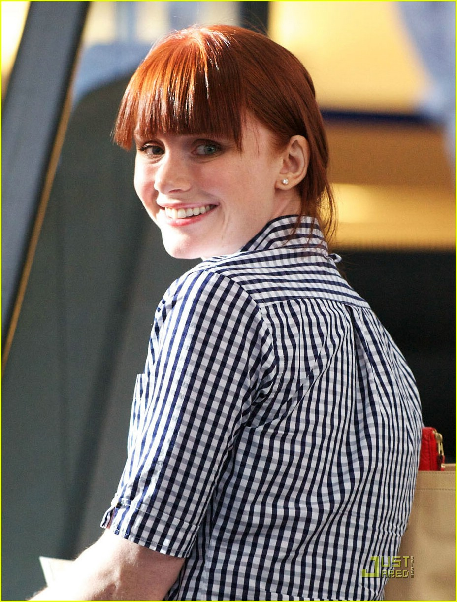 bryce dallas howard vancouver 03
