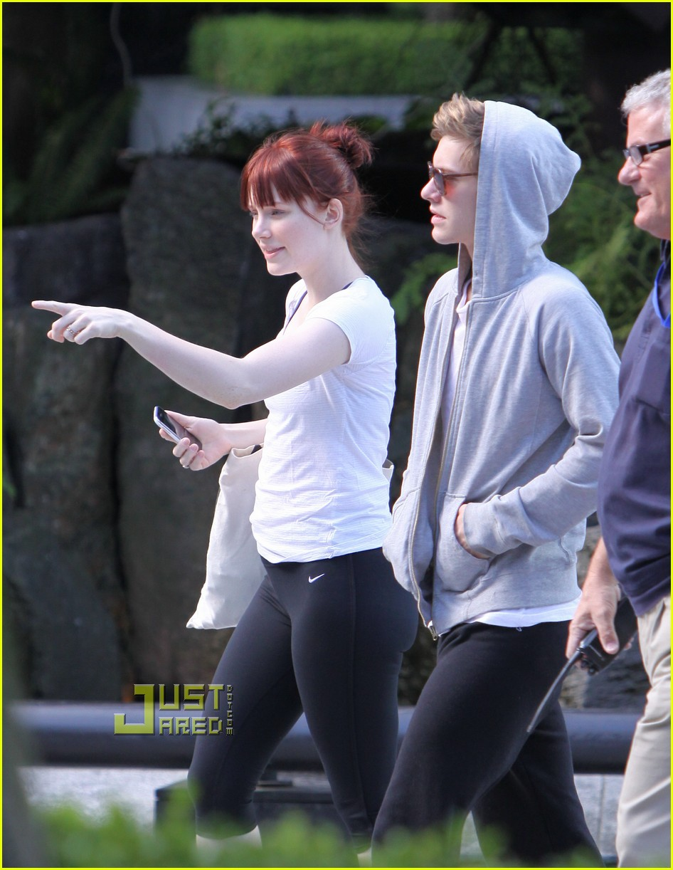 bryce dallas howard xavier samuel 01