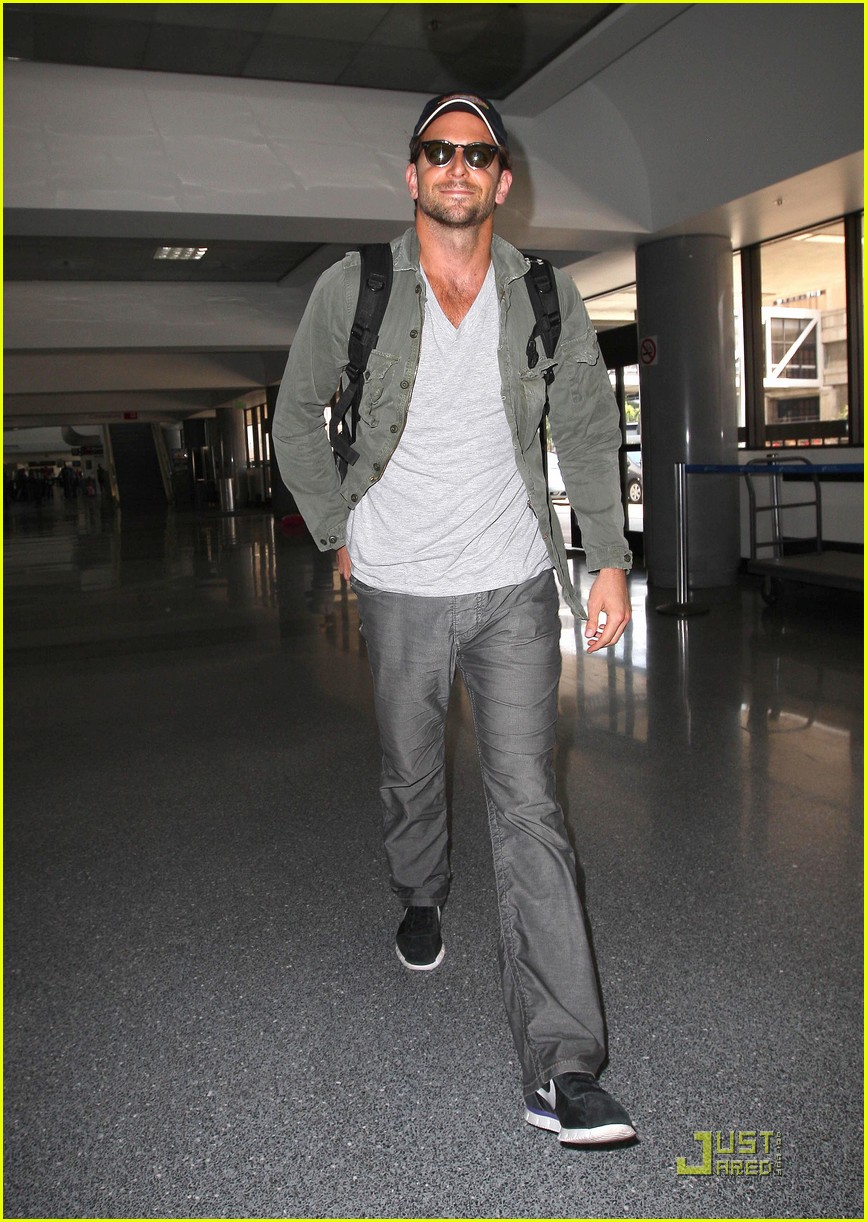 bradley cooper virgin america 04