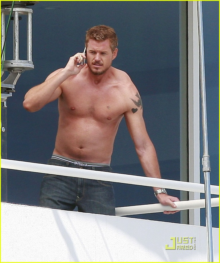 Full Sized Photo Of Eric Dane Shirtless Valentines Day 05