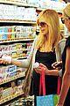 sarah michelle gellar gelsons supermarket 04