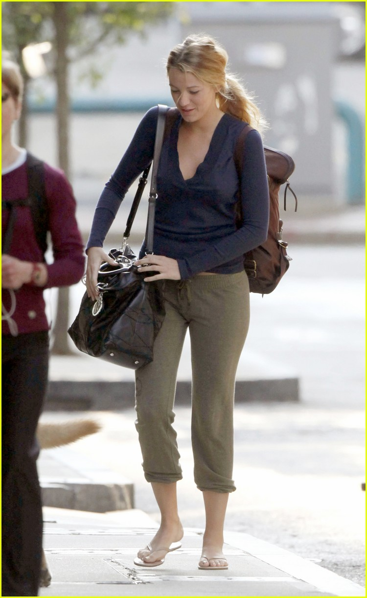 blake lively the town 01