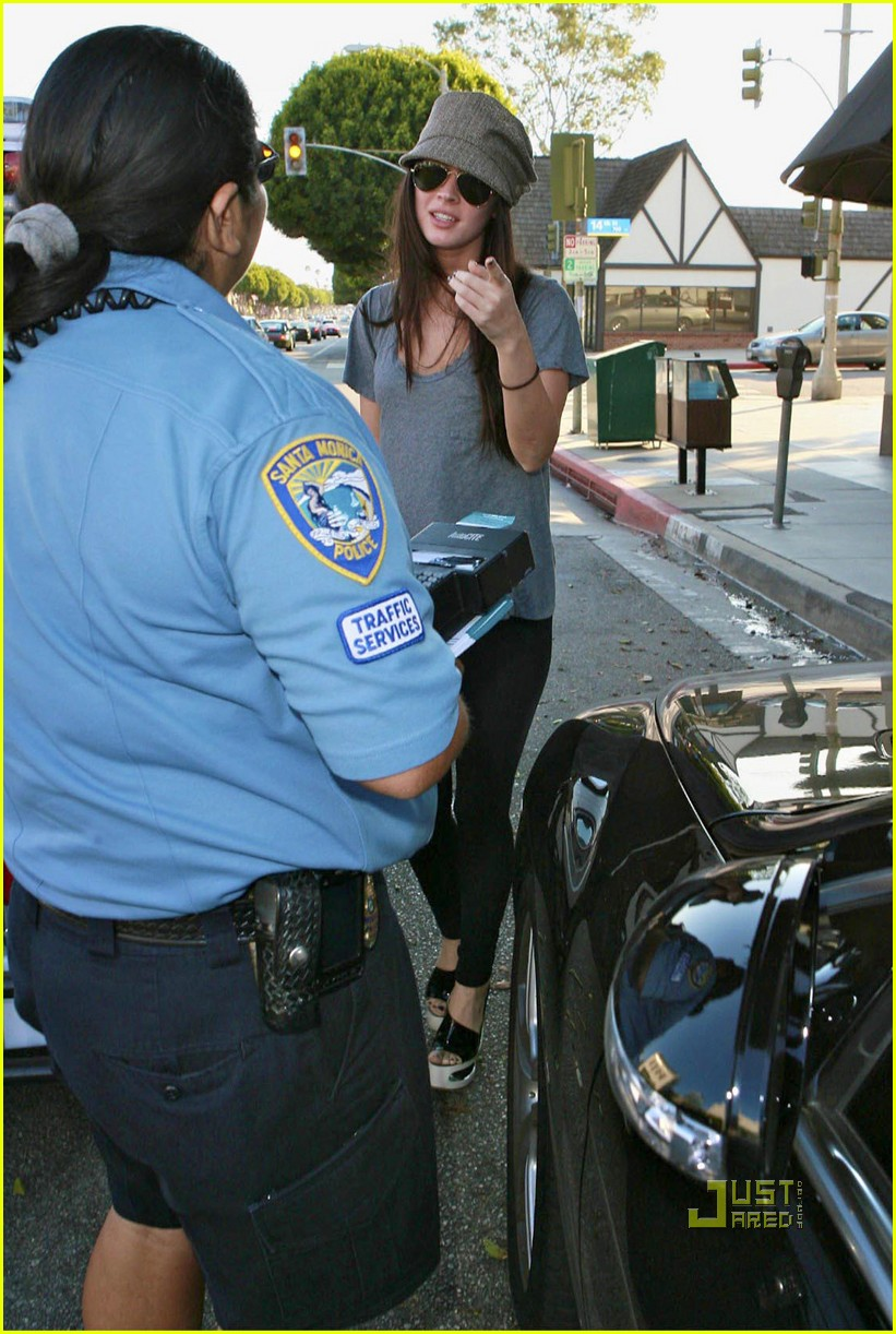 megan fox parking ticket 06