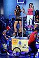 miley cyrus pole dancing teen choice awards 11