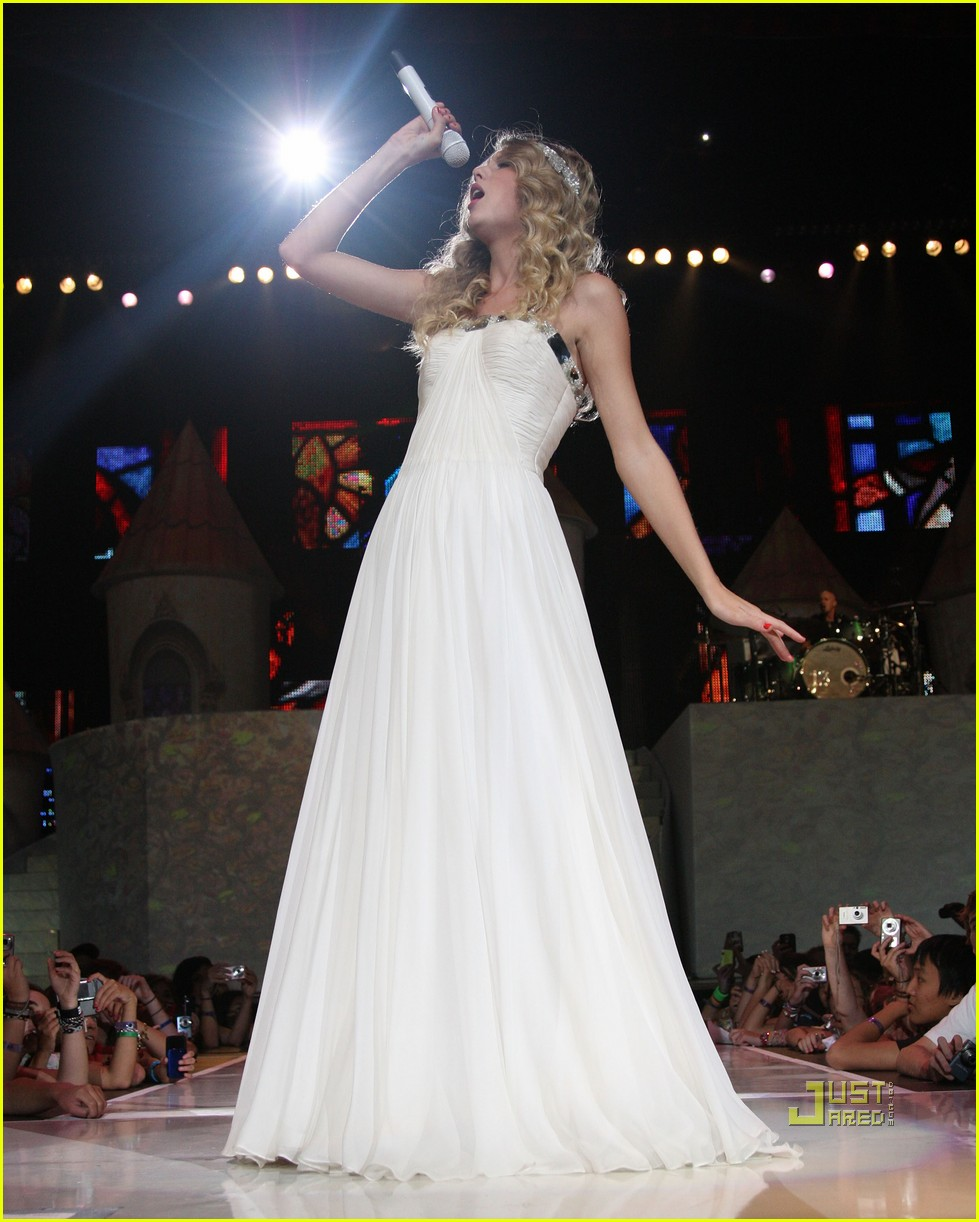 taylor swift madison square garden concert 14