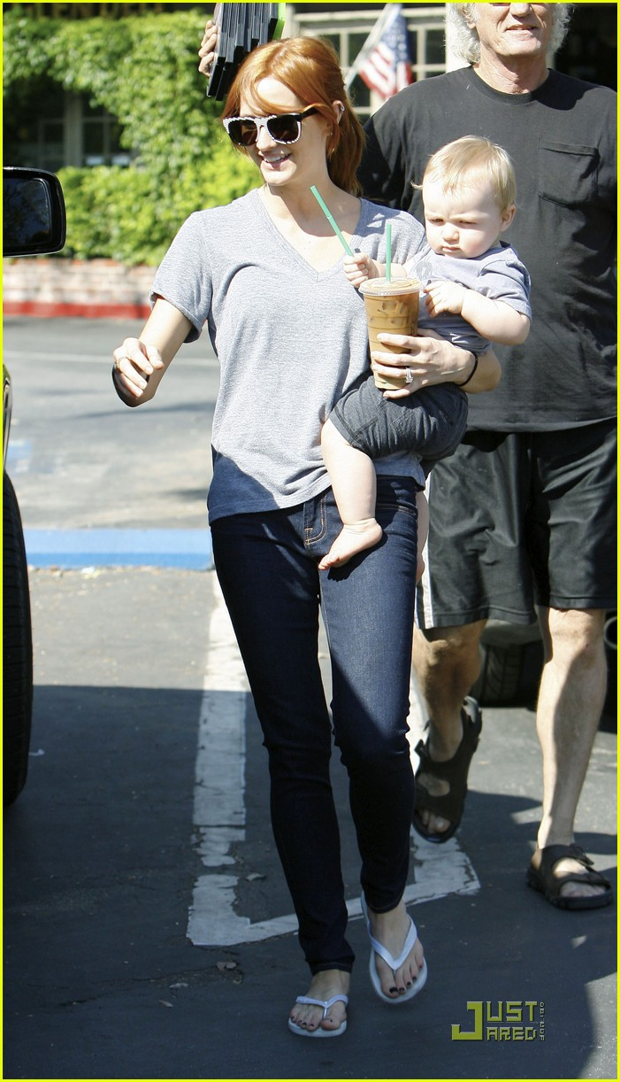 ashlee simpson starbucks 06