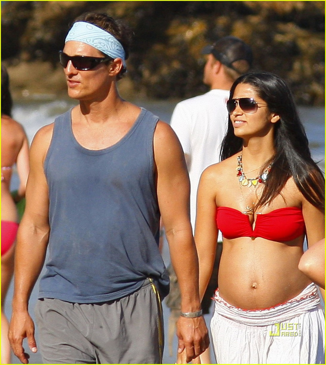 matthew mcconaughey labor day beach 03