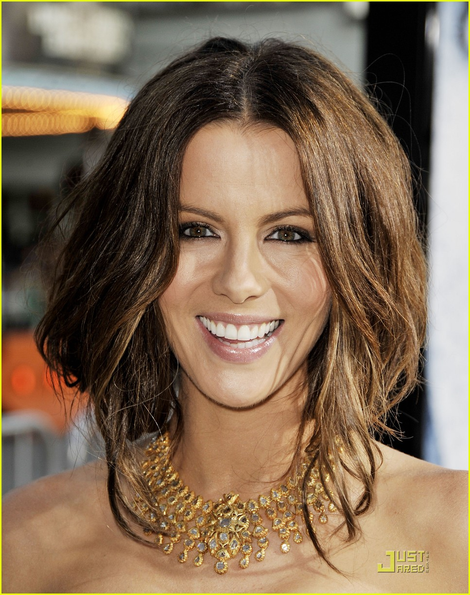 kate beckinsale blackout whiteout 03