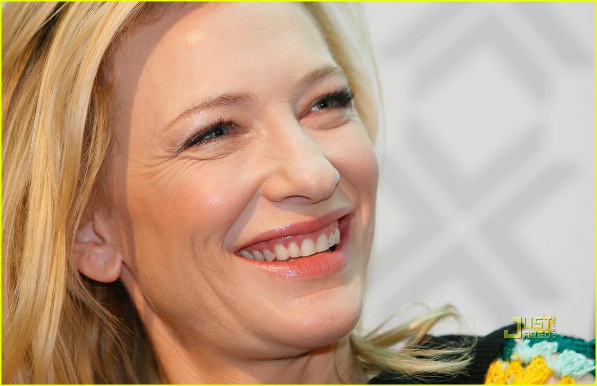 Full Sized Photo of ca... Cate Blanchett