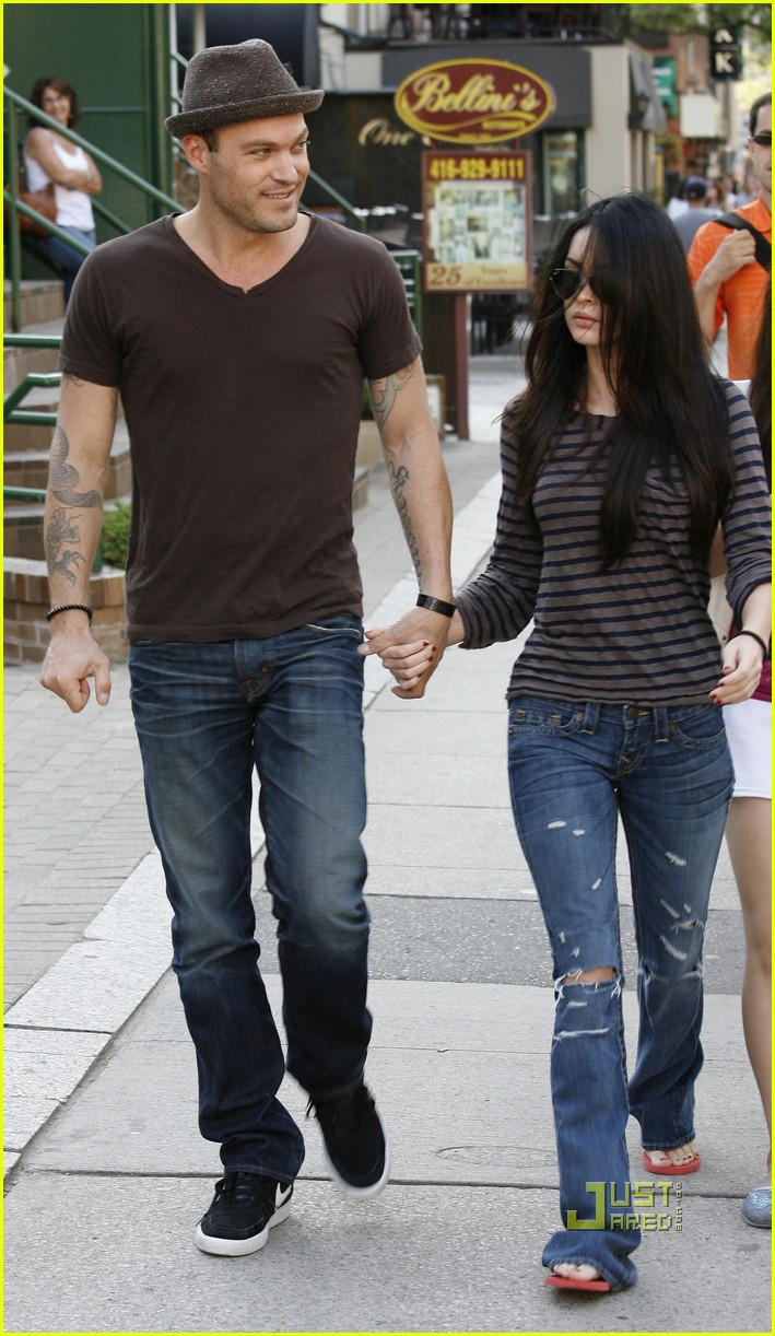 megan fox brian austin green sushi 01