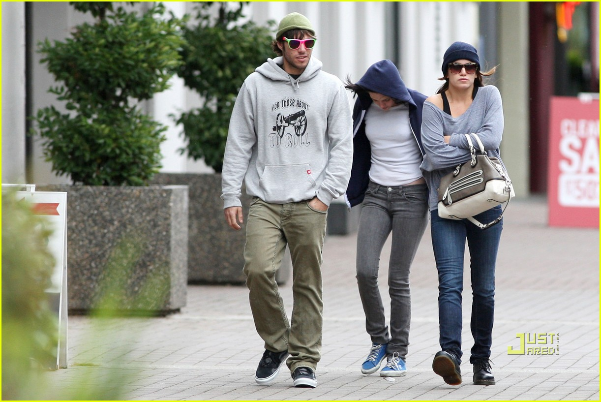nikki reed paris latsis couple 18