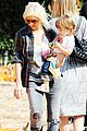 christina aguilera visits a pumpkin patch 28