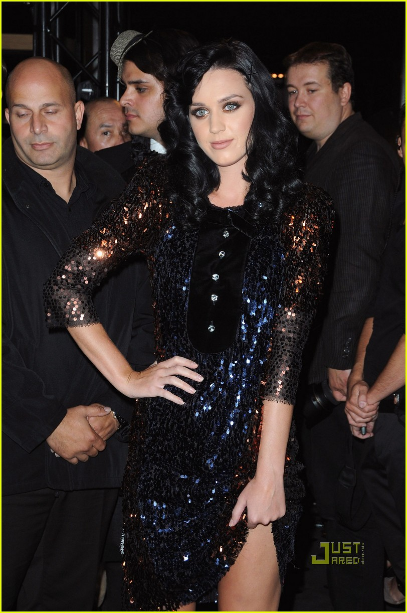 katy perry castelbajac paris fashion week 15