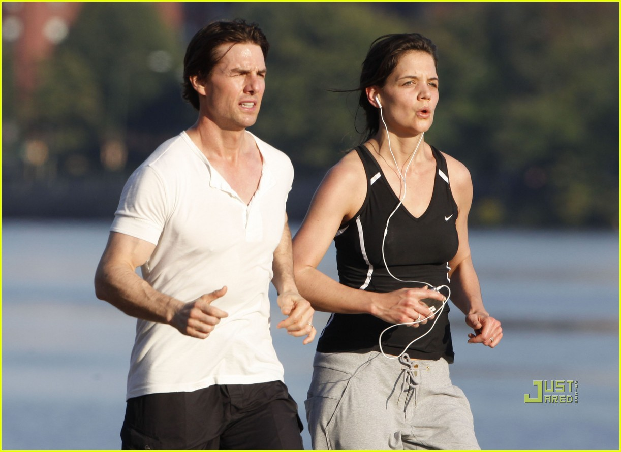 tom cruise katie holmes charles river run 30
