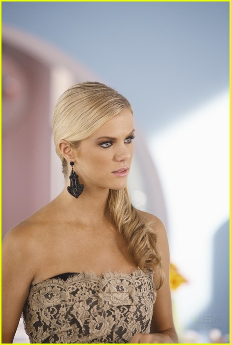 brooklyn decker ugly betty 07