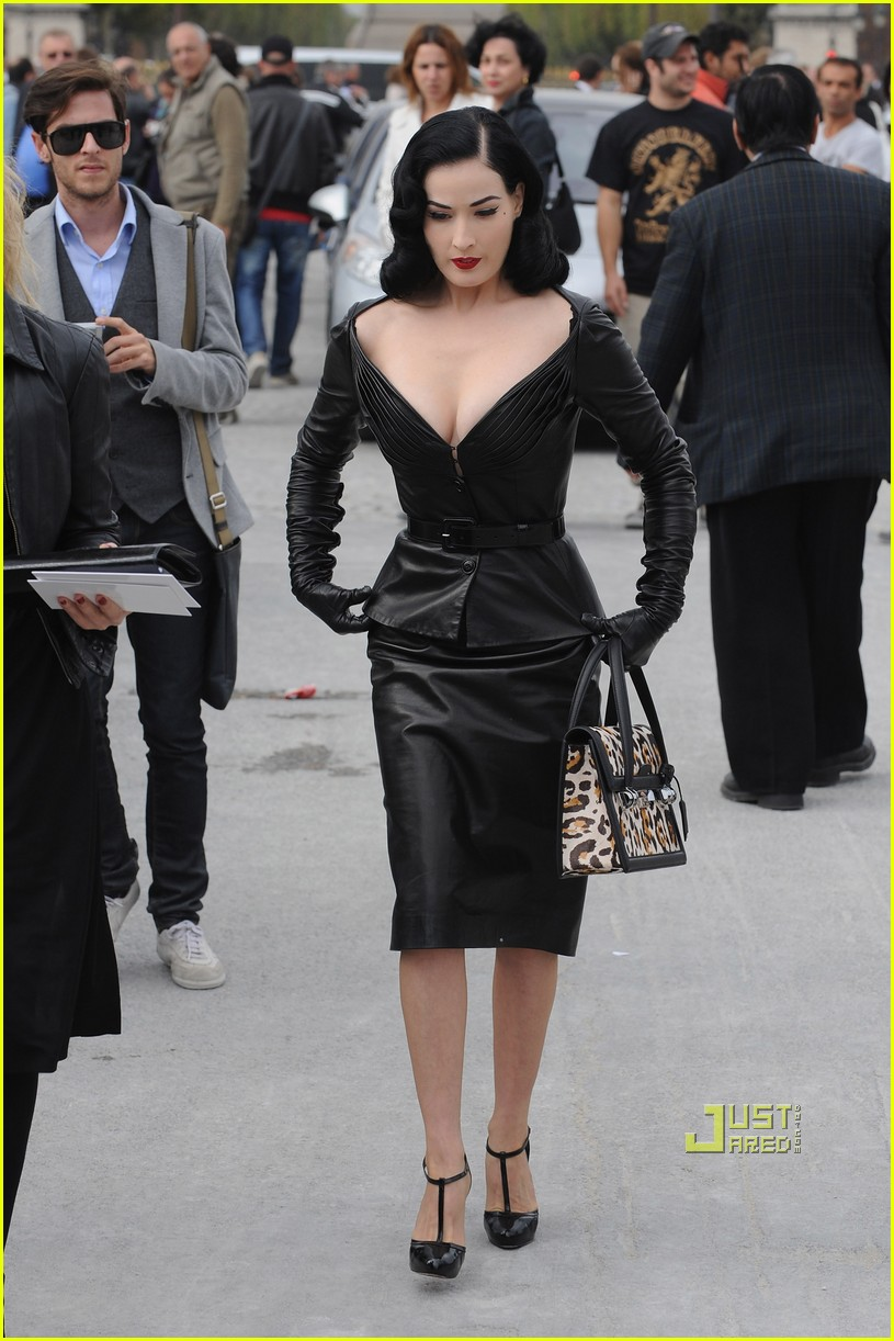 dita von teese domina leather dior 07