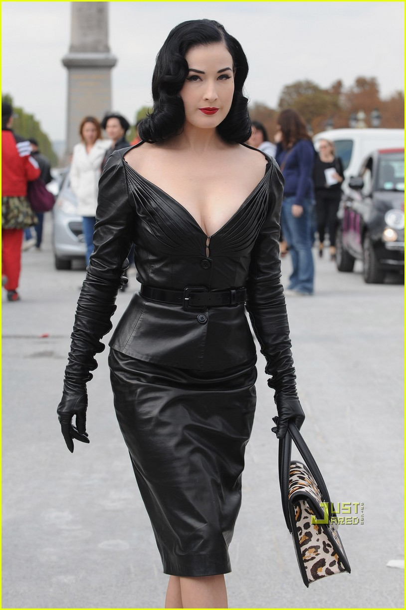 dita von teese domina leather dior 08