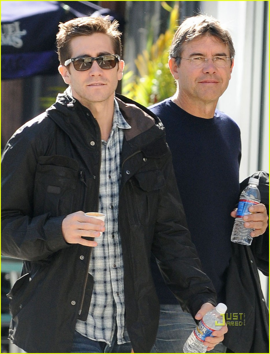 jake gyllenhaal father son time 10