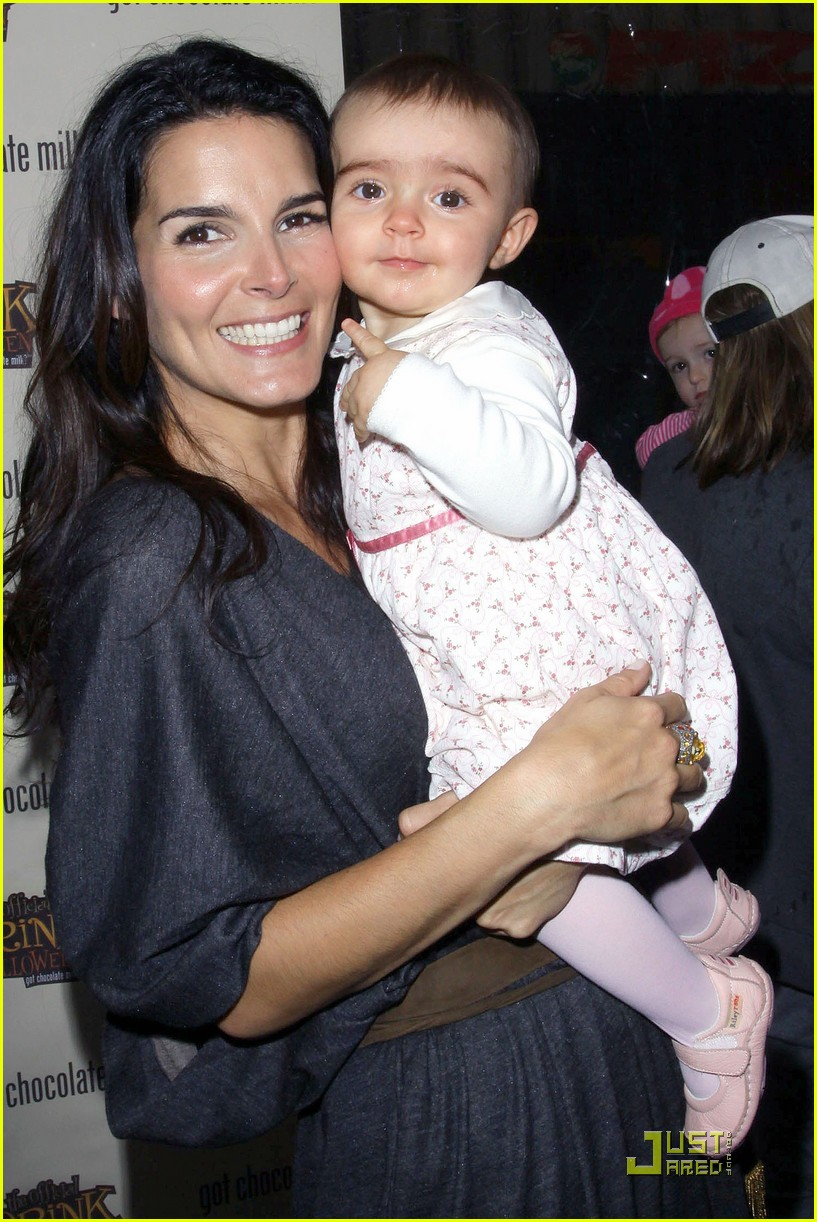 angie harmon celebrates chocolate milk 14
