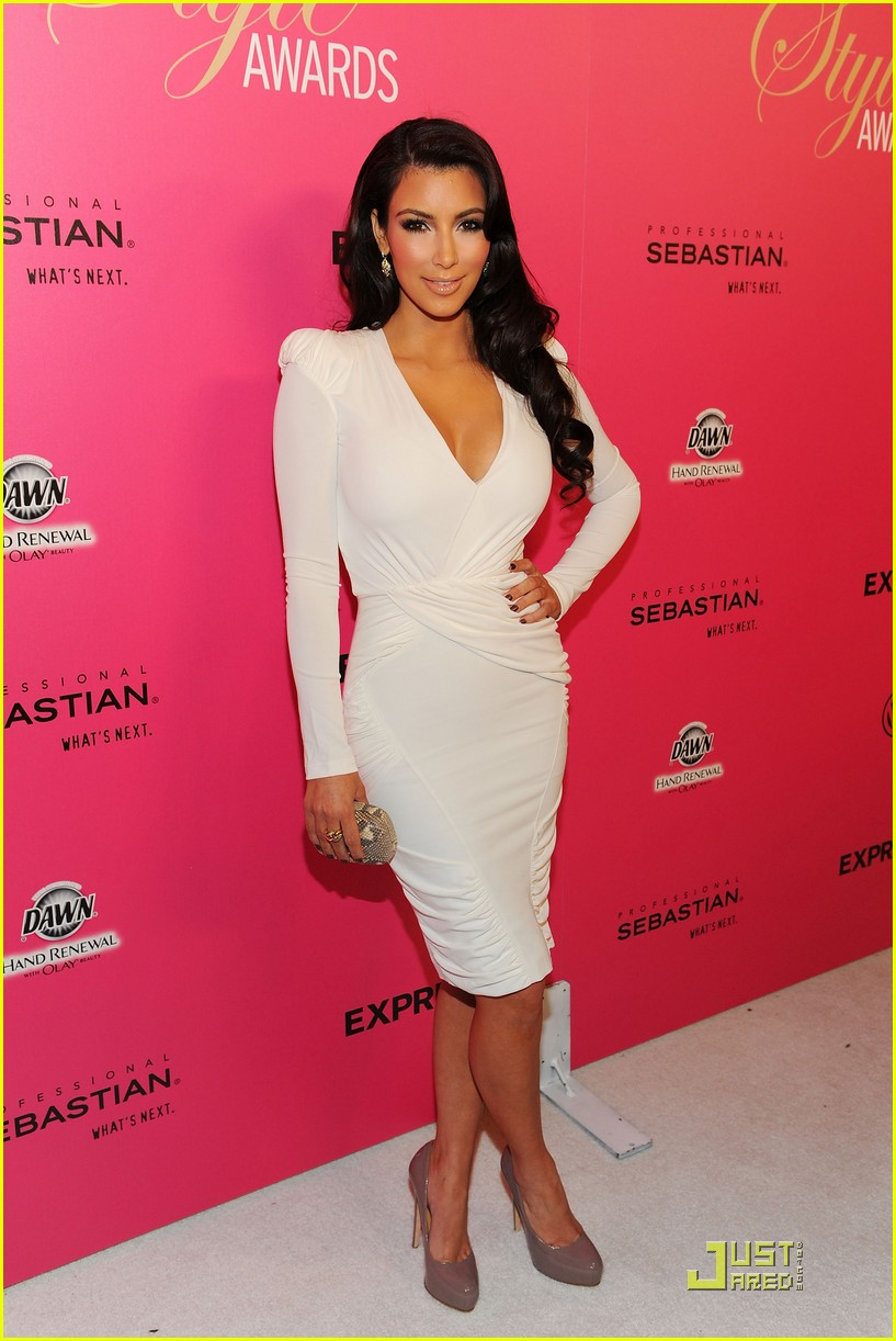 kim kardashian 2009 annual hollywood style awards 18
