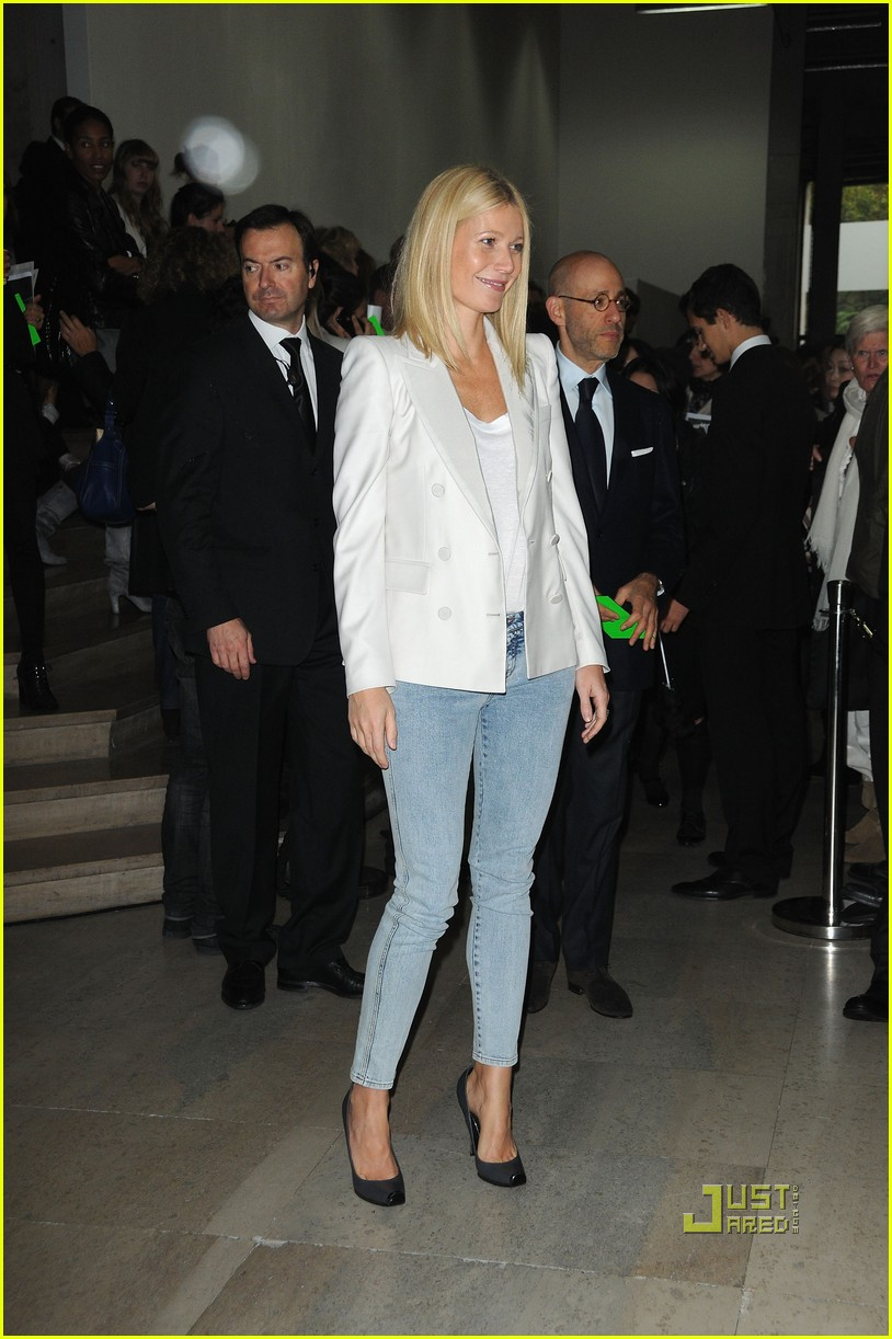 gwyneth paltrow stella mccartney 032265341