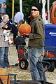 kingston zuma rossdale pick pumpkins 11